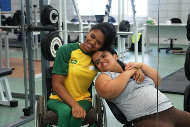 Atletas da seleção paralímpica passam por avaliações