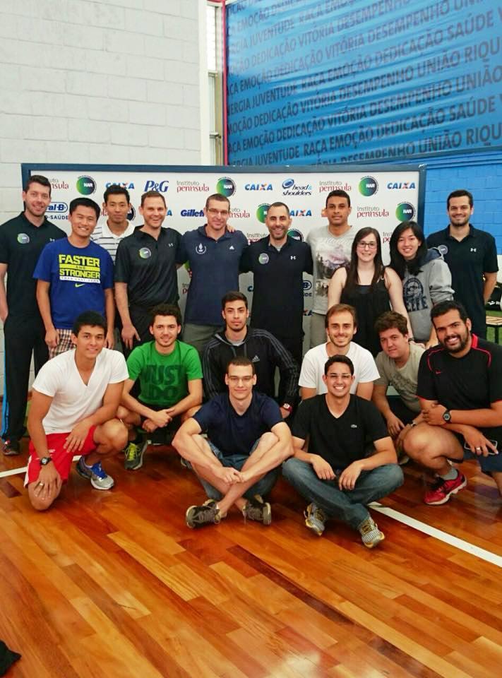 Alunos do curso de esporte da Escola de Educação Física e Esporte da USP visitam o NAR
