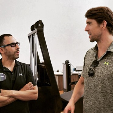 Michael Phelps faz visita técnica ao NAR