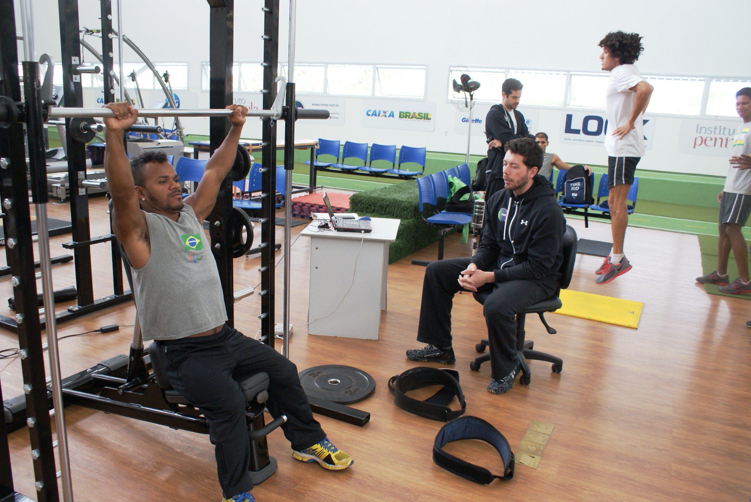 Confederação Brasileira de Atletismo Paralímpico encerra semana de avaliações no NAR