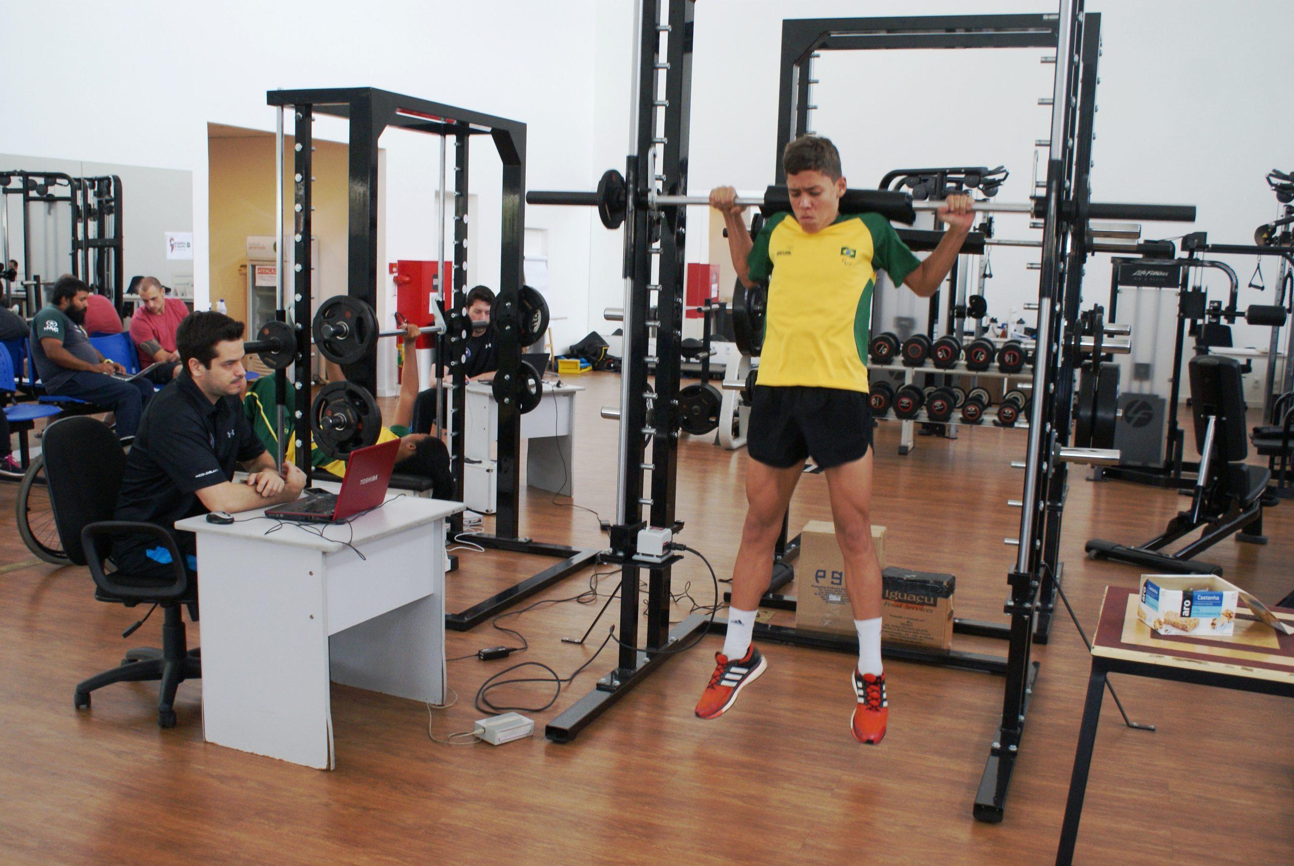 Jovens Paralímpicos são avaliados no NAR