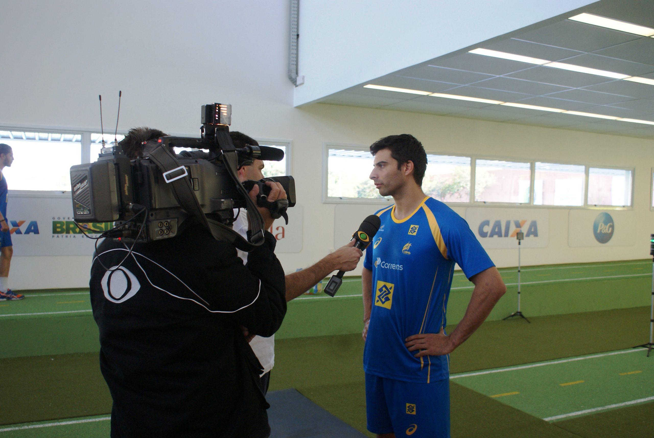 Seleção brasileira de handebol se apresenta para o Pan-Americano no NAR