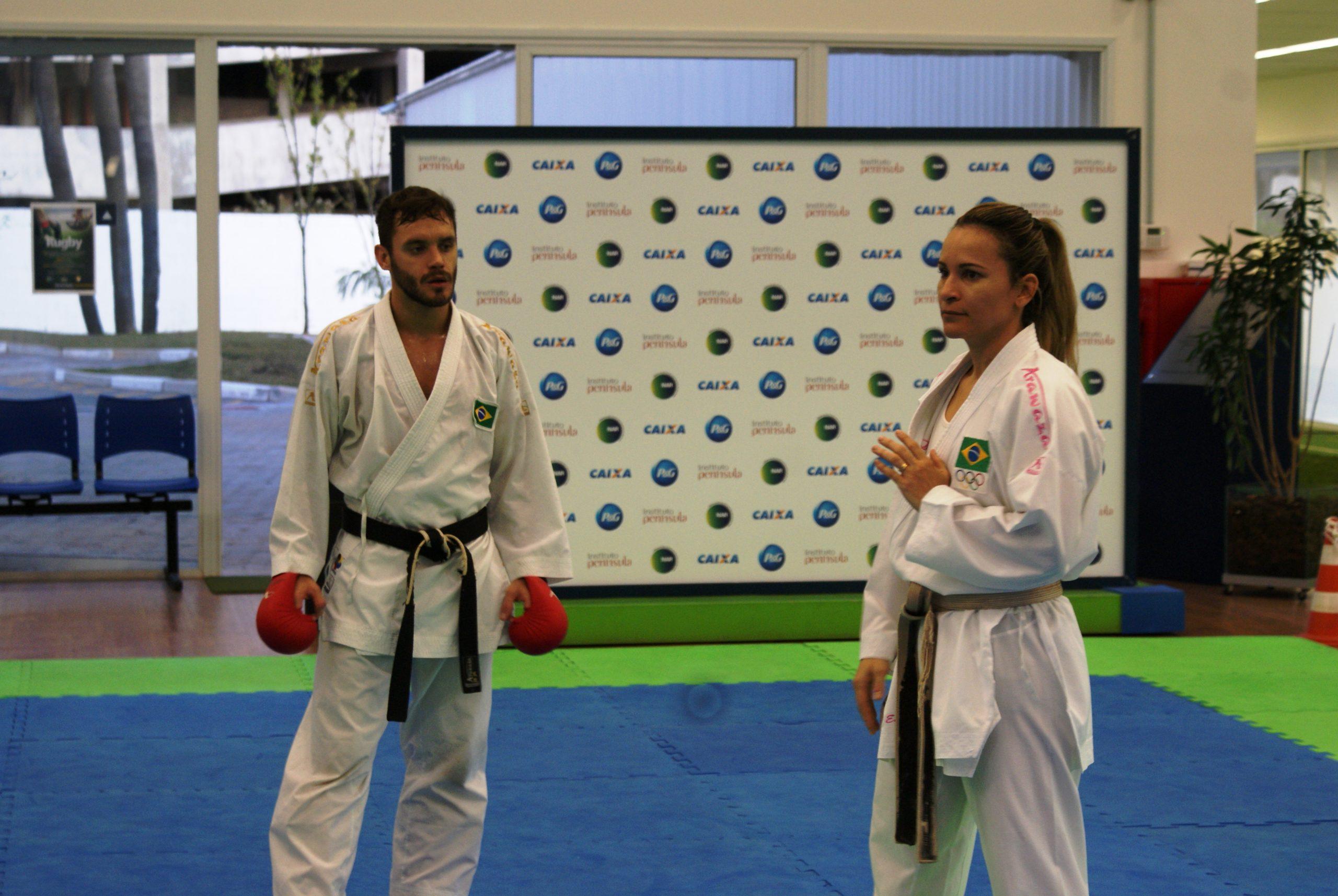 Seleção brasileira de karatê se prepara para os Jogos Pan-Americanos no NAR