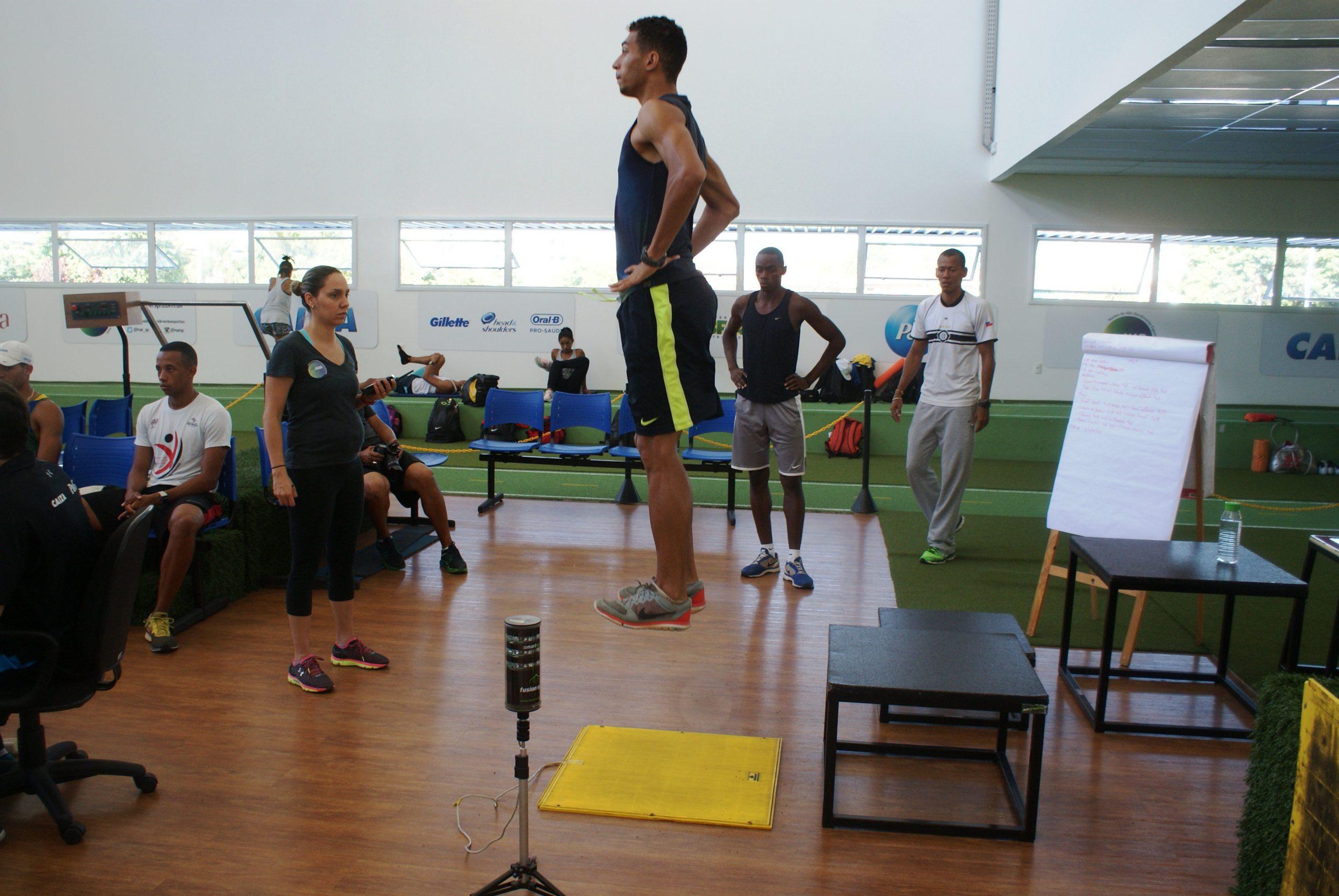 Saltadores e velocistas do clube BM&FBovespa são avaliados no NAR