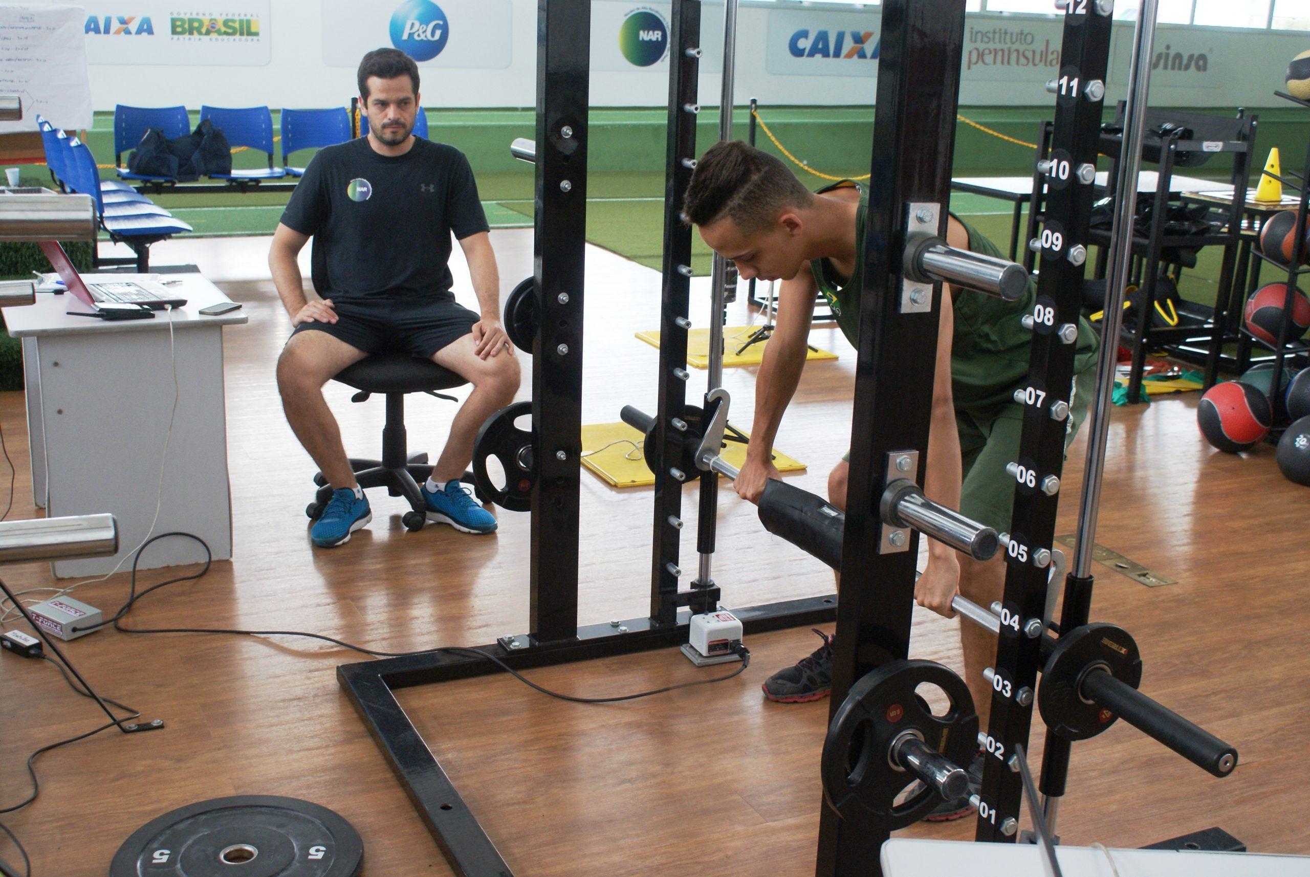 Atletas da Confederação Brasileira de Desportos na Neve são avaliados no NAR