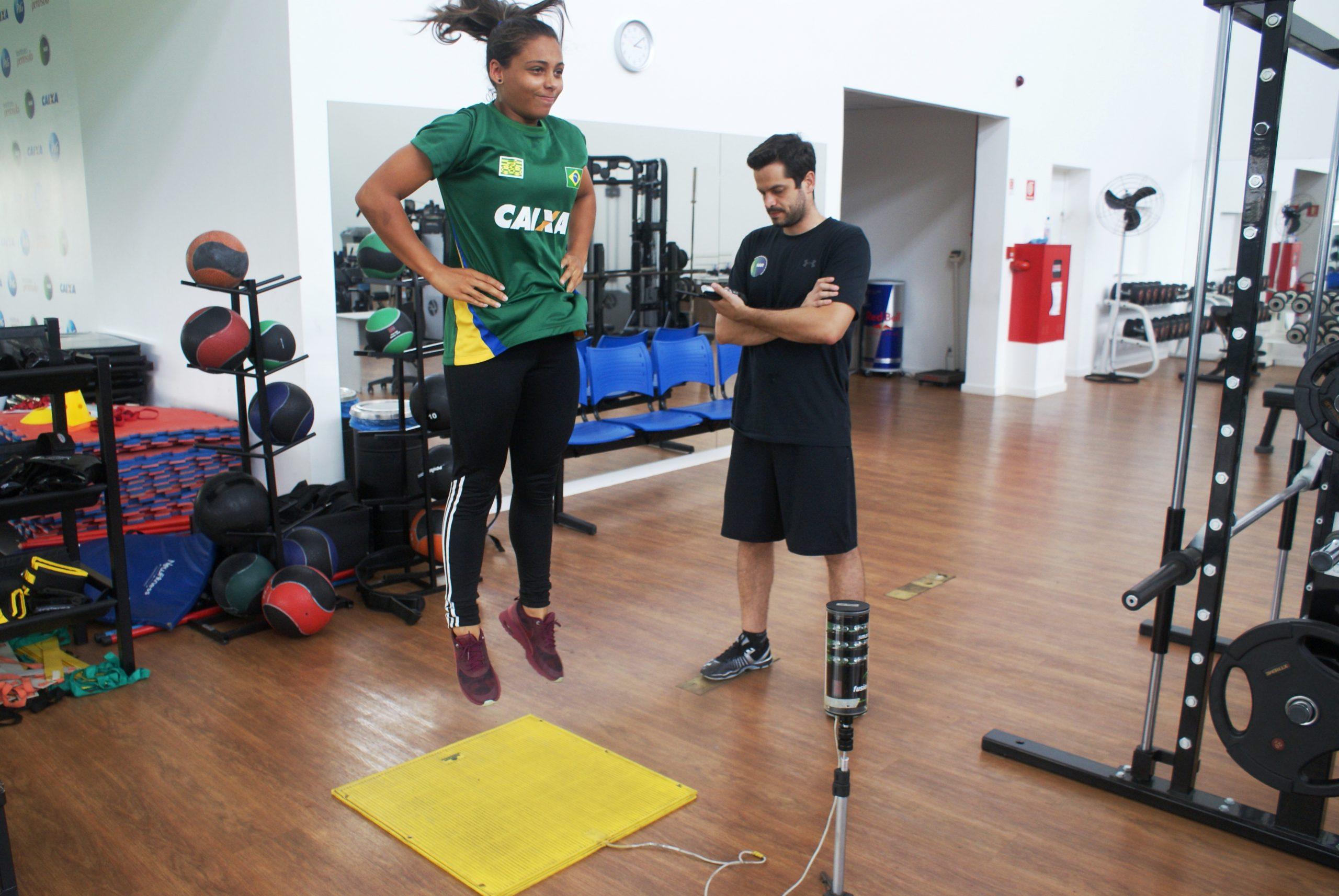 Sonhando com o Rio de Janeiro, tricampeã da Copa América de ciclismo BMX Julia Alves é avaliada no NAR