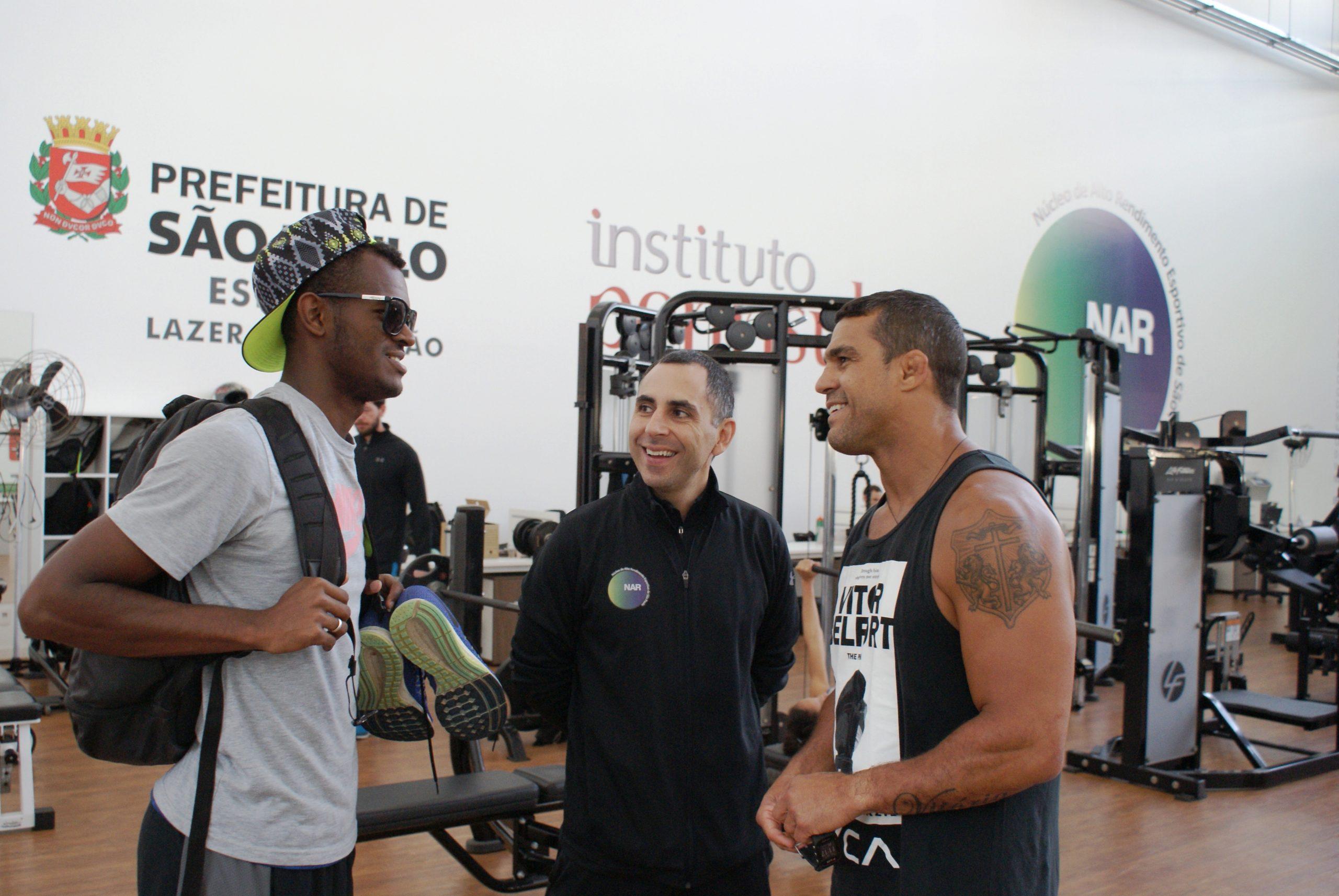 Vitor Belfort inicia preparação para próxima luta no NAR