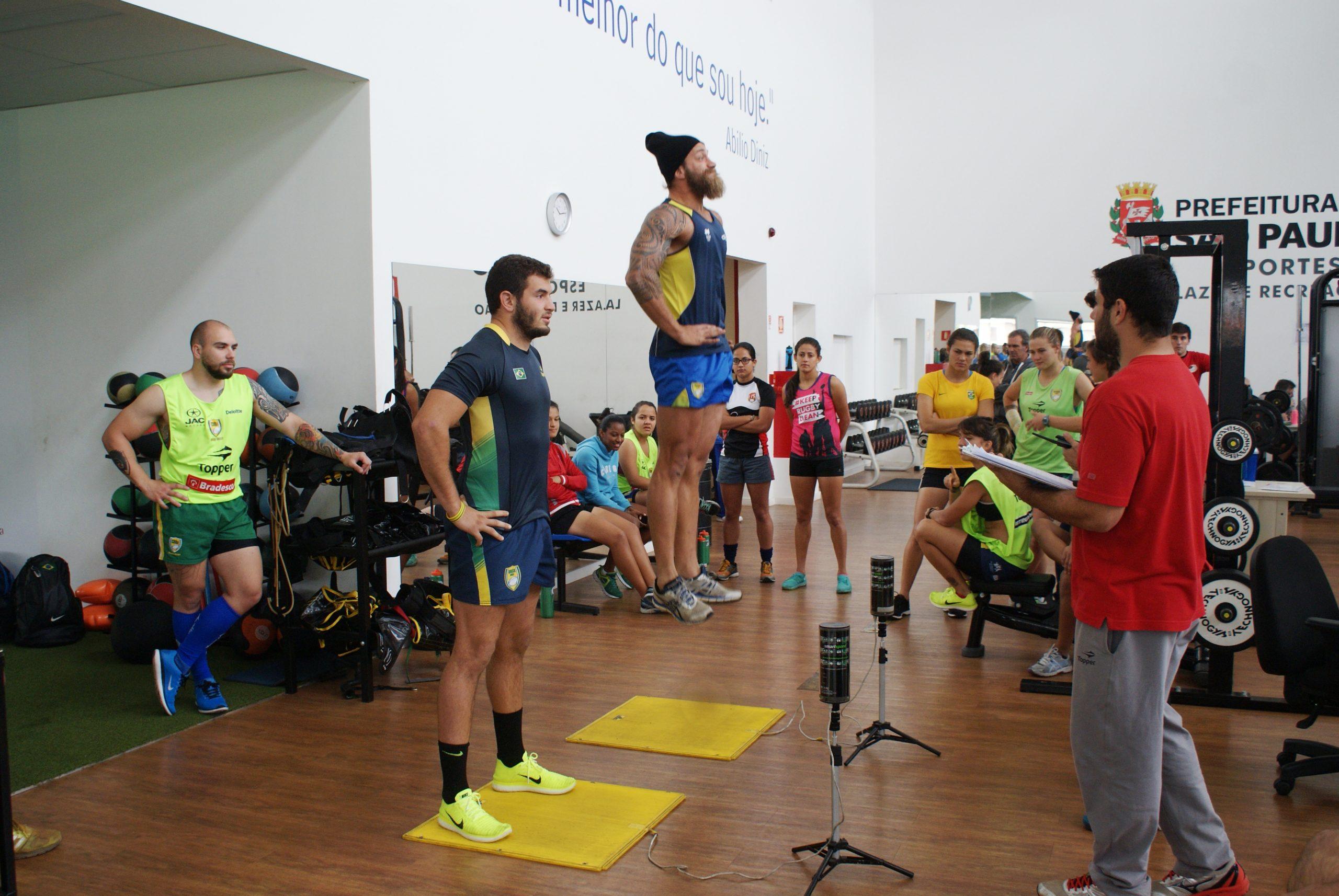 Seleções masculina e feminina de rugby passam por período de testes no NAR