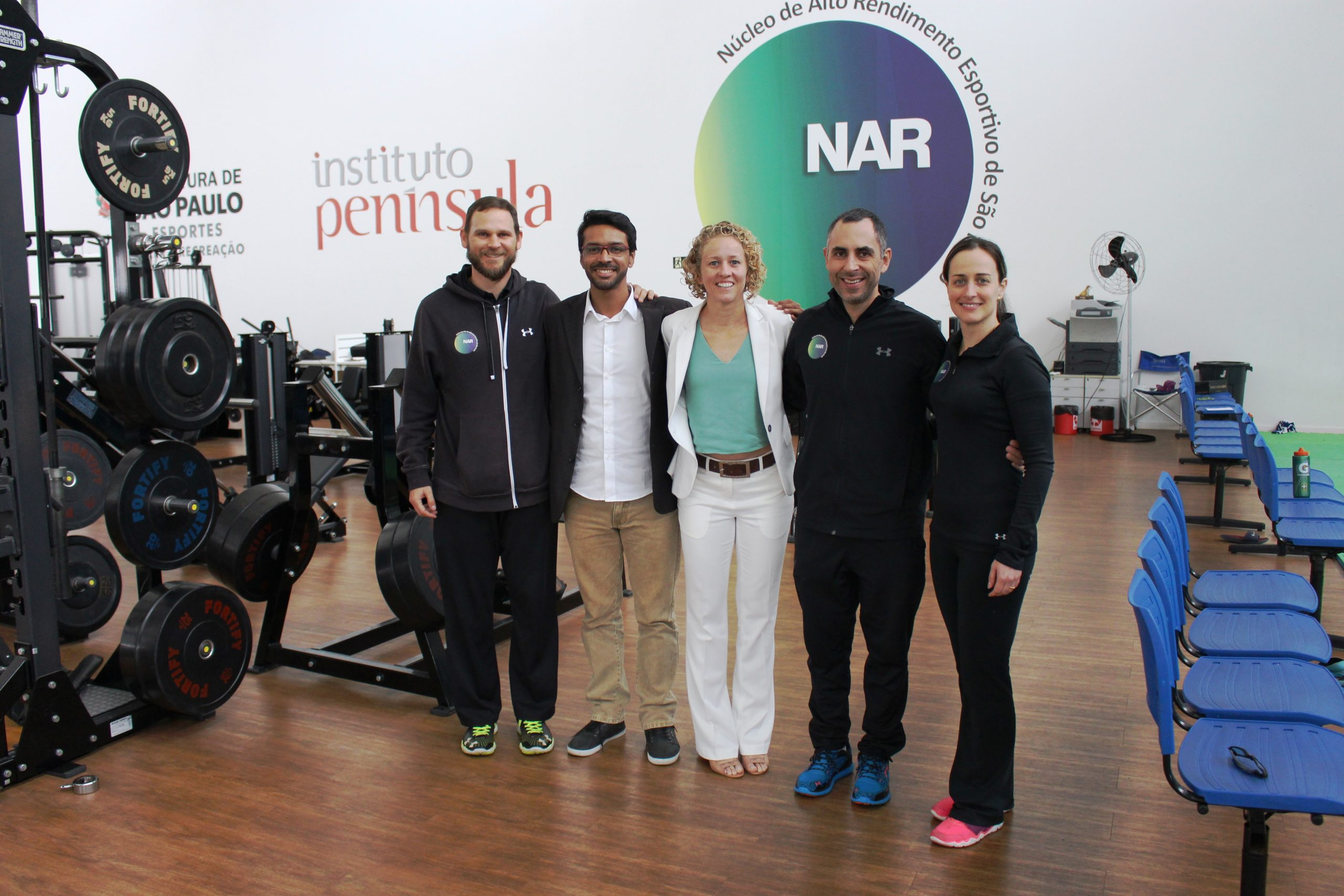 Bicampeã panamericana e medalhista olímpica Yane Marques visita o NAR-SP