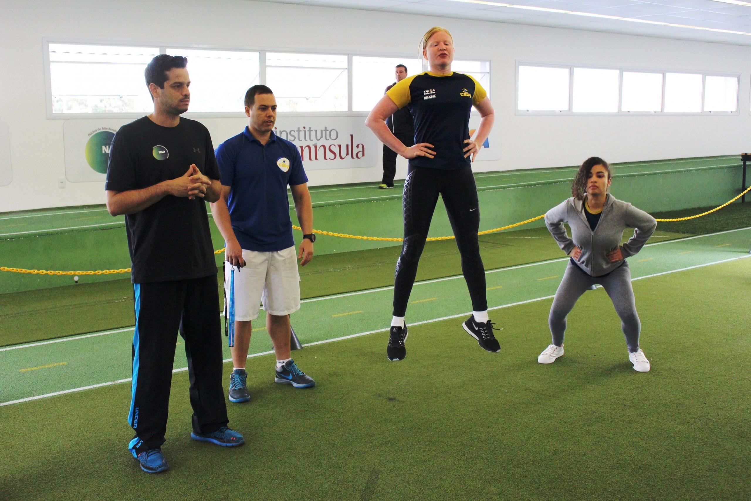 Seleção feminina de goalball faz sua estreia no novo NAR-SP