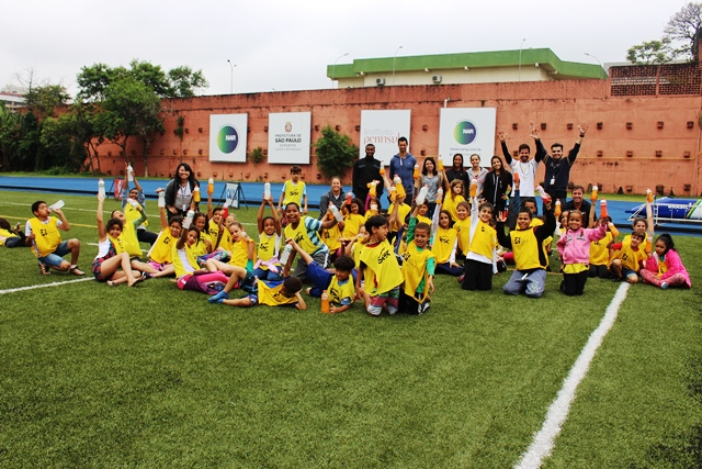 Em dia animado, crianças aprendem mais sobre o atletismo no NAR-SP