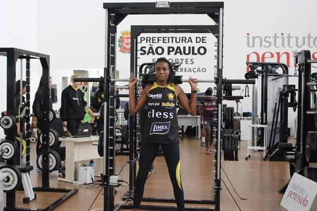 Atletas do Praia Clube são avaliadas no NAR