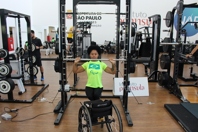 NAR recebe a Seleção Brasileira Paralímpica de Atletismo