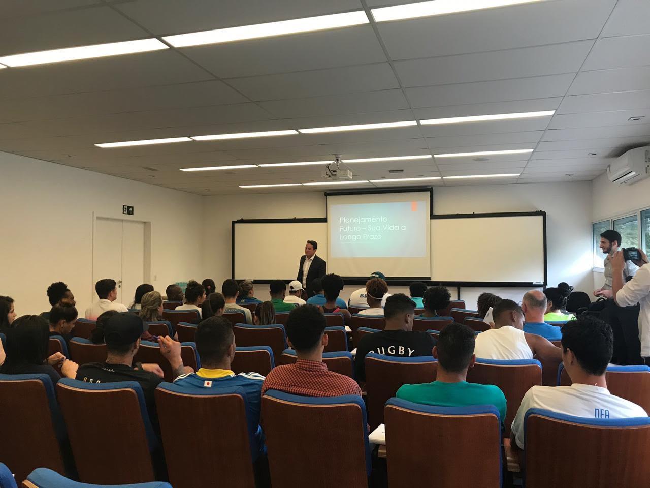 Educação Financeira é tema de palestra no NAR