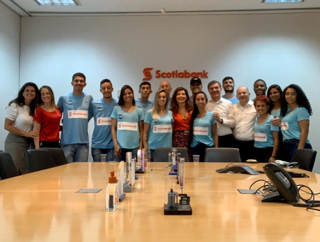 Equipe ECN NAR visita escritório do Scotiabank
