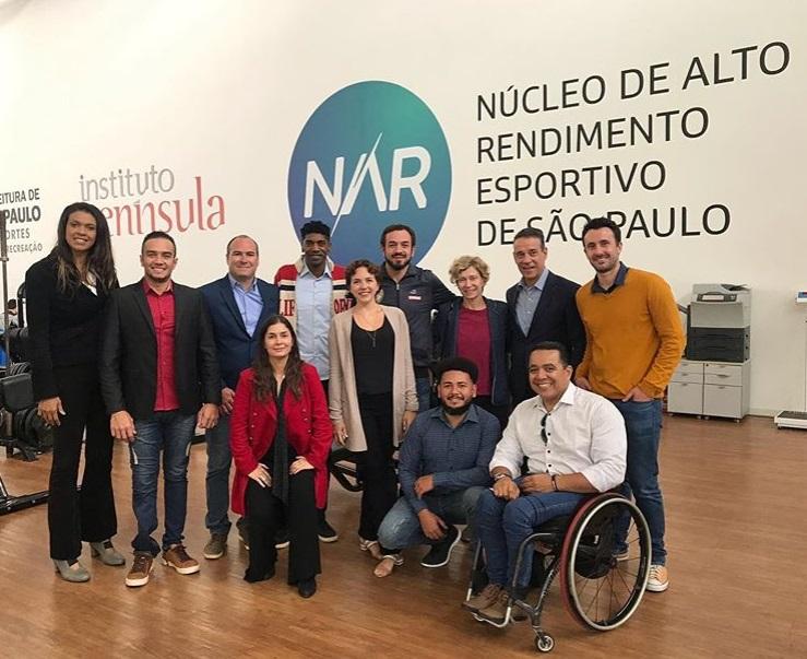 Membros da Atletas pelo Brasil se reúnem no NAR-SP