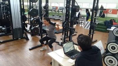 Em reta final de pré-temporada, Isabel Clark aprimora treino físico