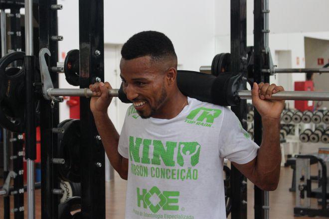 Robson Conceição planeja baixar de categoria para buscar cinturão no 2º semestre 2019